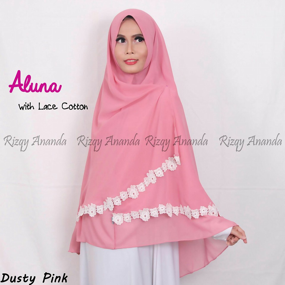 rizqy ananda khimar aluna lace cotton dusty pink