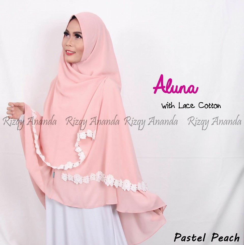 rizqy ananda khimar aluna lace cotton peach