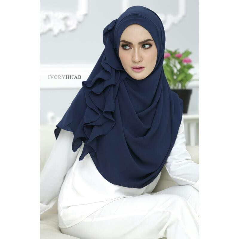 instan elora by ivory navy