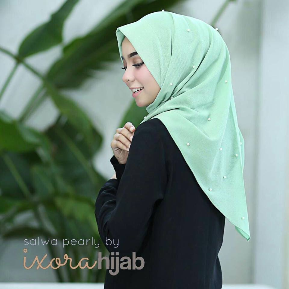 salwa pearly by ivorihijab mint